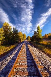 horizons sky and tracks