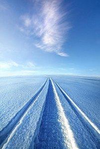 horizons the-wild-blue-yonder-phil-koch