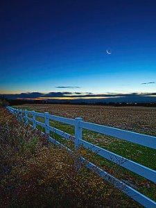Horizons fenced-moon-phil-koch
