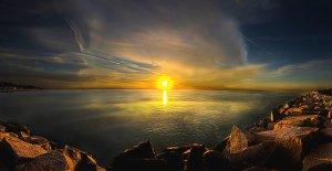 Horizons lake-michigan-shore-phil-koch