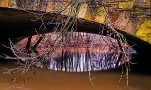 horizons-the-bridges-eye-phil-koch