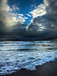 horizon-shoreline-phil-koch